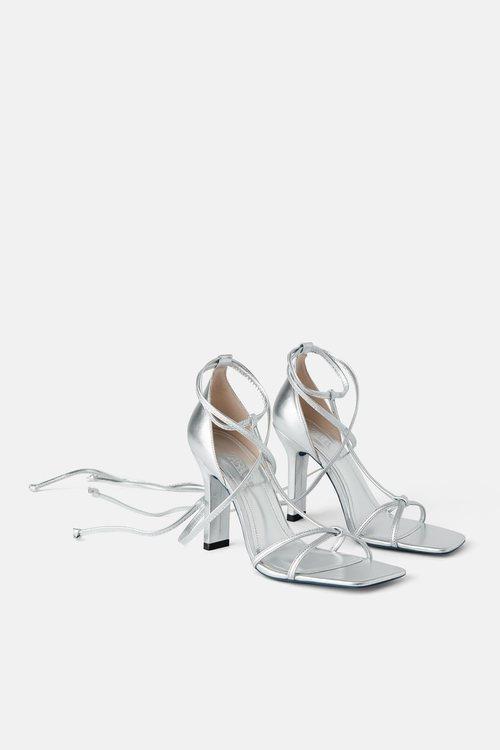 Sandalias plateadas de la colección Blue Collection de Zara 2019