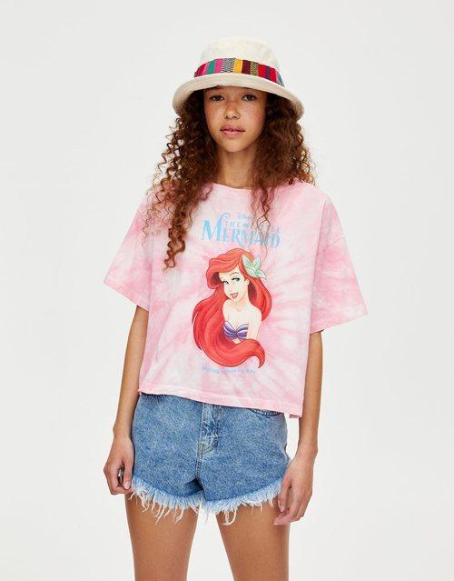 Camiseta La Sirenita tie-dye de Pull&Bear primavera/verano 2019