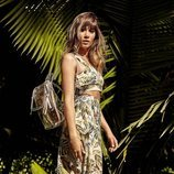 Aitana con conjunto estampado tropical colección verano 2019 de Stradivarius