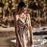 Aitana con vestido de rayas colección verano 2019 de Stradivarius