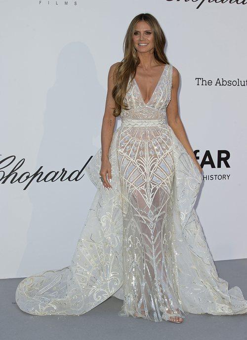 Heidi Klum con un vestido de Zuhair Murad en la gala amfAR 2018 en Cannes