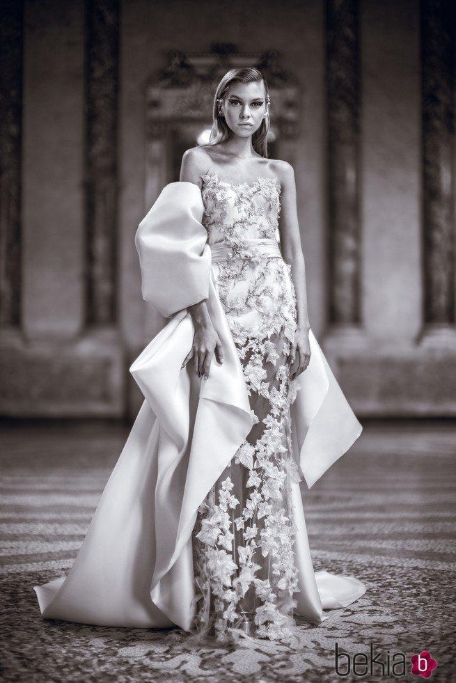 Vestido palabra de honor de Versace