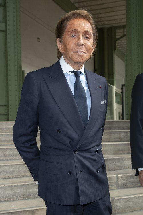 Armani en el homenaje a Karl Lagerfeld