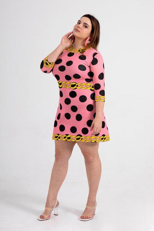 Vestido 'Pink dot chain' de la nueva línea 'curvy' de María Escoté
