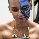 Maquillaje felino y tribal en el desfile de Maya Hansen MBFW 2019