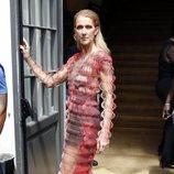 Céline Dion vestida de Iris Van Herpen en la Alta Costura de París