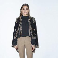 Olivia Palermo con total look de Elie Saab en la París Fashion Week