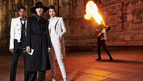 Trajes femeninos de la colección otoño/invierno 2019 de Dolce&Gabbana