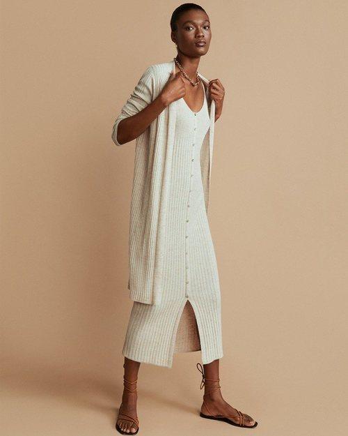 Vestido de canalé de la colección otoño/invierno 2019 de Mango