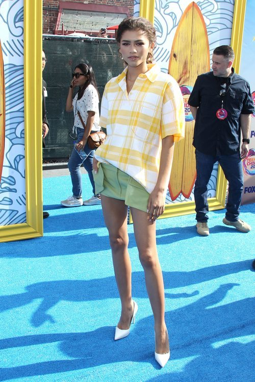Zendaya en clave informal en la ceremonia Teen Choice Awards 2019