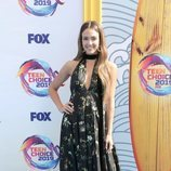 Jessica Alba con un vestido de invierno en los Premios Teen Choice 2019