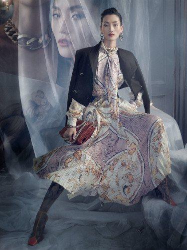 Vestido scarf print de la colección otoño 2019 de Zara