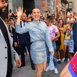 Millie Bobby Brown con un total denim 'made in 2000'
