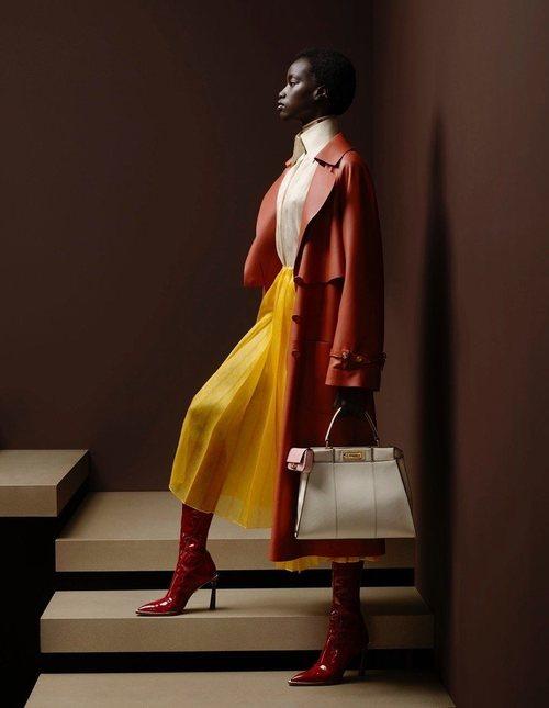 Falda amarilla de la colección otoño/invierno 2019/2020 de Fendi