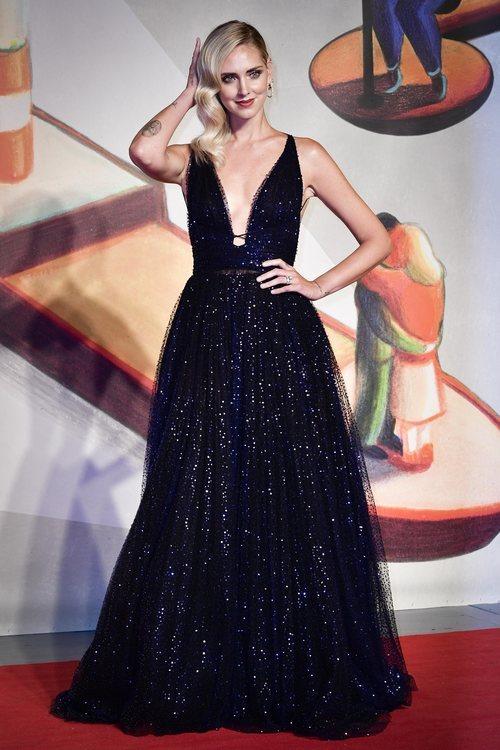 Chiara Ferragni con un vestido de Dior en la premiere de 'Chiara Ferragni Unposted' en el Festival de Venecia 2019