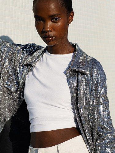 Camisa de lentejuelas de la colección 'Silver Linings' de Bershka