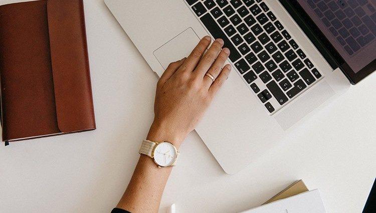 Modelo 'Magari' de la colección Button Watches diseñada por Alice Campello