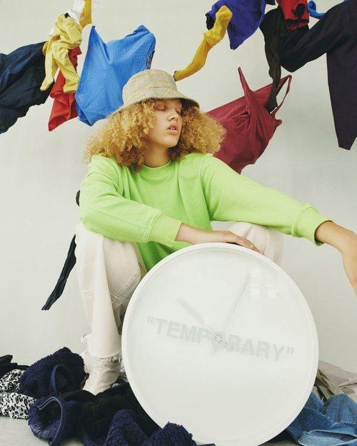 Reloj 'Temporary' de la colección 'Markerad' de Ikea y Virgil Abloh