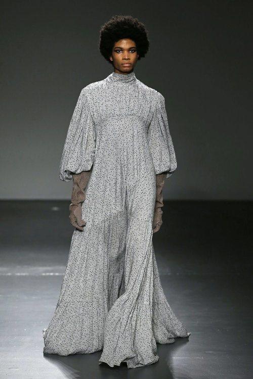 Vestido de inspiración flamenca de la colección '1916' de Palomo Spain
