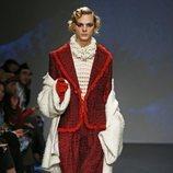 Traje dos piezas y blusa de la colección '1916' de Palomo Spain