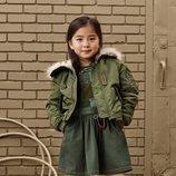 Vestido caqui con abrigo para niña de 'Zara SRPLS' otoño 2019