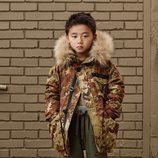 Abrigo militar con capucha para niño de 'Zara SRPLS' de otoño 2019