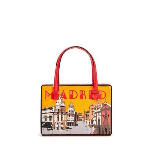 Bolso Madrid de la colección Loewe Postal 2019