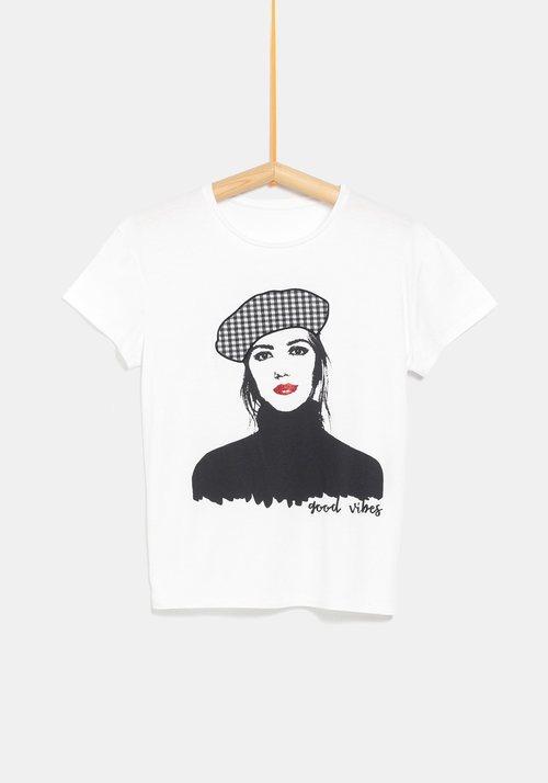 Camiseta con dibujo 'good vibes' de la colección de Rocío Osorno y TEX de otoño/invierno 2019