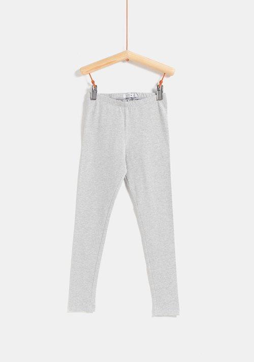 Legging gris de la colección 'I-O' de Carrefour y TEX para otoño/invierno 2019