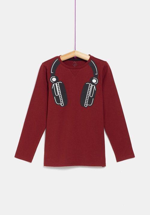 Camiseta con dibujo de cascos para niño de la colección 'I-O' de Carrefour y TEX para otoño/invierno 2019
