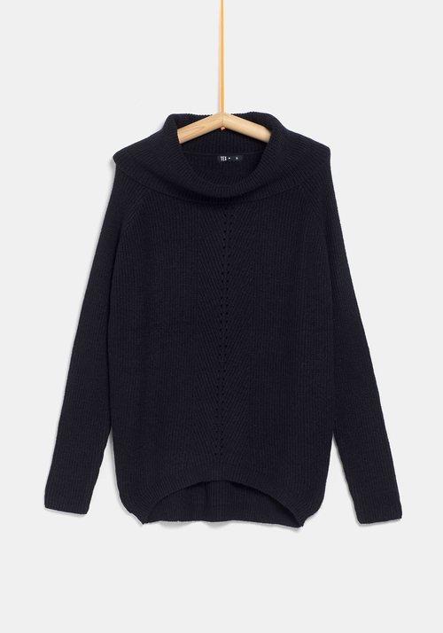 Jersey negro para mujer de la colección 'I-O' de Carrefour y TEX para otoño/invierno 2019