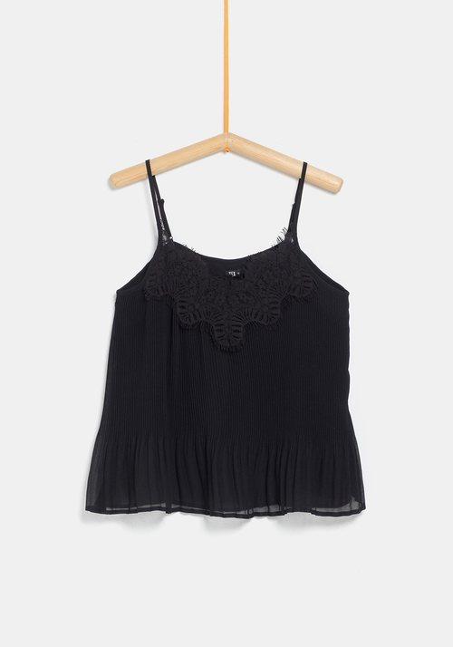 Blusa negra para mujer de la colección 'I-O' de Carrefour y TEX para otoño/invierno 2019
