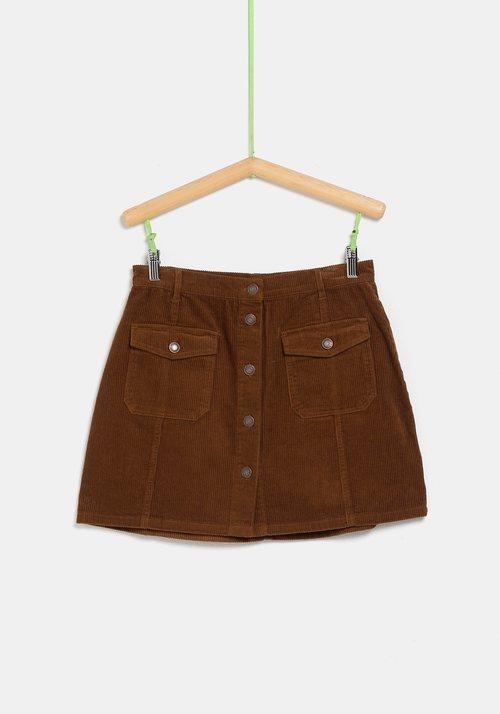 Falda de pana marrón de la colección 'I-O' de Carrefour y TEX para otoño/invierno 2019