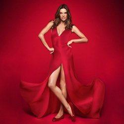 Alessandra Ambrosio posa como nueva embajadora de la firma PrettyBallerinas