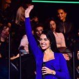Georgina Rodriguez vestida de Jacquemus sobre el escenario de los MTV EMAs 2019