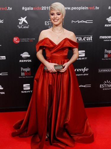 Alba Reche con un vestido corte princesa de Lia Stublla en la gala People in Red 2019
