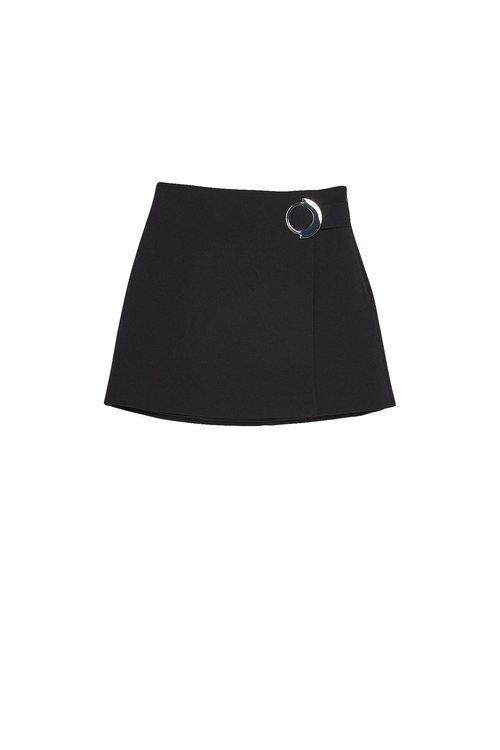 Falda negra con hebilla de la colección Sfera otoño/invierno 2019-2020 Especial Navidad