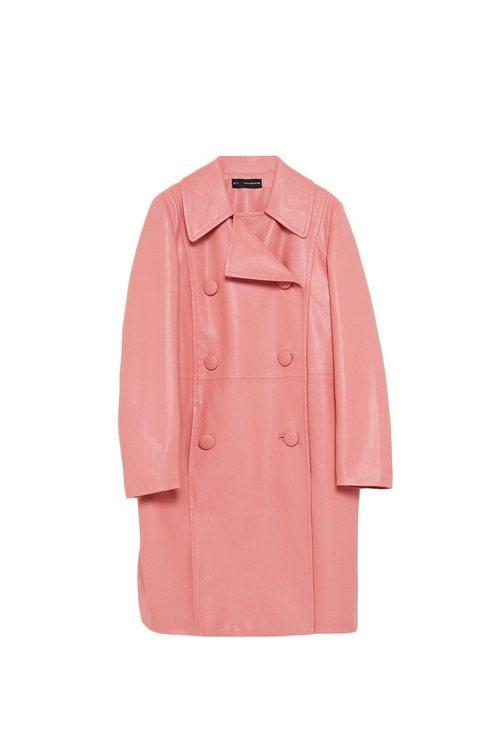 Abrigo rosa de la colección Sfera otoño/invierno 2019-2020 Especial Navidad