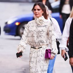 Victoria Beckham vestida de su propia marca en Nueva York