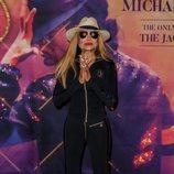La Toya Jackson con un mono sport presentando el musical 'Forever King of Pop' en Berlín