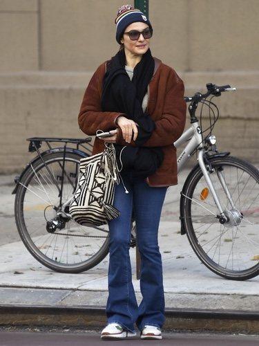 Rachel Weisz con look otoñal en Nueva York