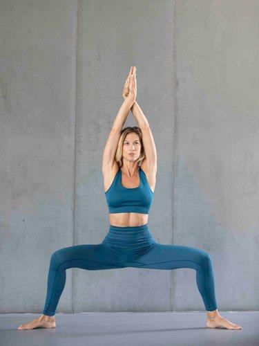 Conjunto azul de 'Yoga Collection' de Ecoalf