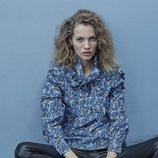 Blusa de flores de la colección 'A todo color' de Stradivarius