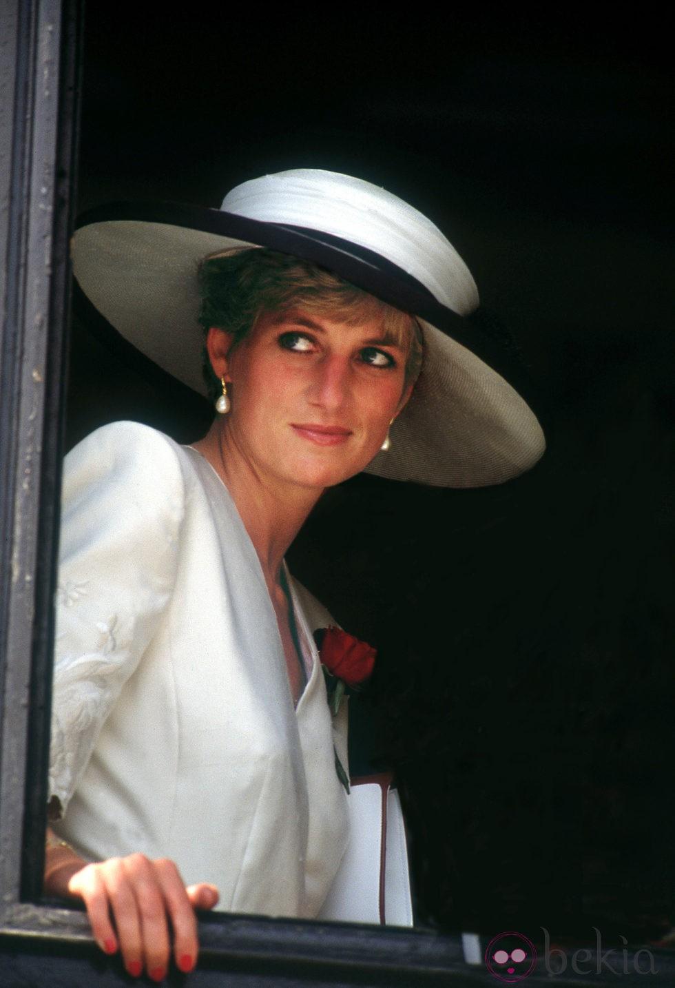 Plano americano de la princesa Diana de Gales
