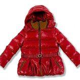 Plúmifero rojo de la colección Chloé para niñas otoño/invierno 2011