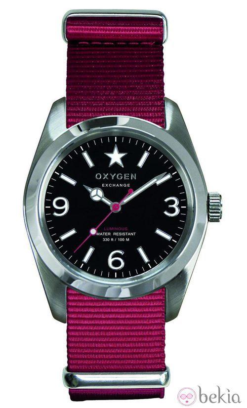 Reloj con correa fucsia de la firma Oxygen Exchangue