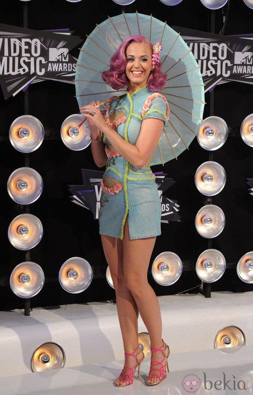 Katy Perry con un look oriental