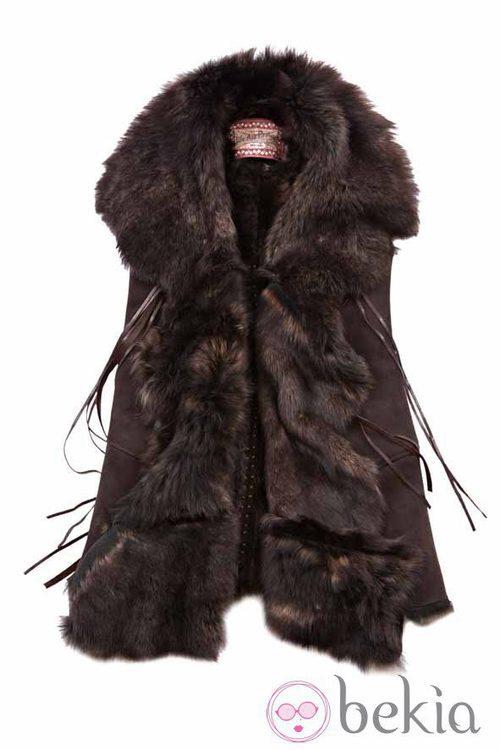 Chaleco de pelo y flecos de la firma Replay de la colección otoño/invierno 2011/2012