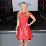El look en cuero rojo de kristen Bell en los People's Choice Awards 2012