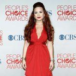 El look en rojo de Demi Lovato en los People's Choice Awards 2012